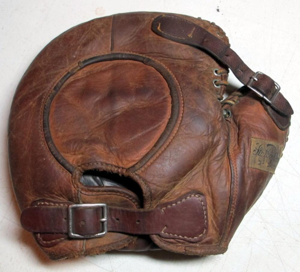 CIRCA 1910'S STALL & DEAN DOUBLE BUCKLE BACK BASEBALL BASEMANS GLOVE LHT NICE
