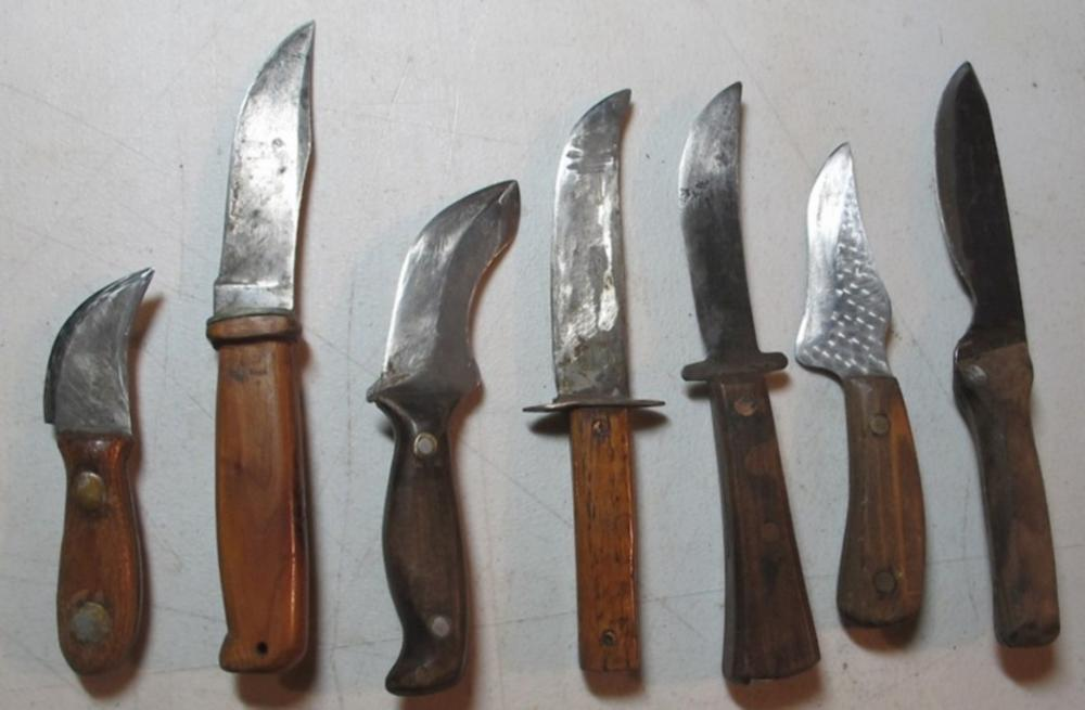 7 DIFF VINTAGE HANDMADE WOOD HANDLE HUNTING ETC SMALL KNIVES