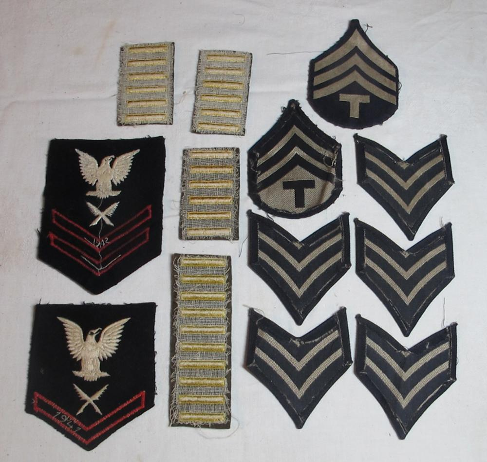 Lot 96: WWII PATCH LOT DATED NAVY SHOULDER SERVICE STRIPS CHEVRONS GOLD BARS
