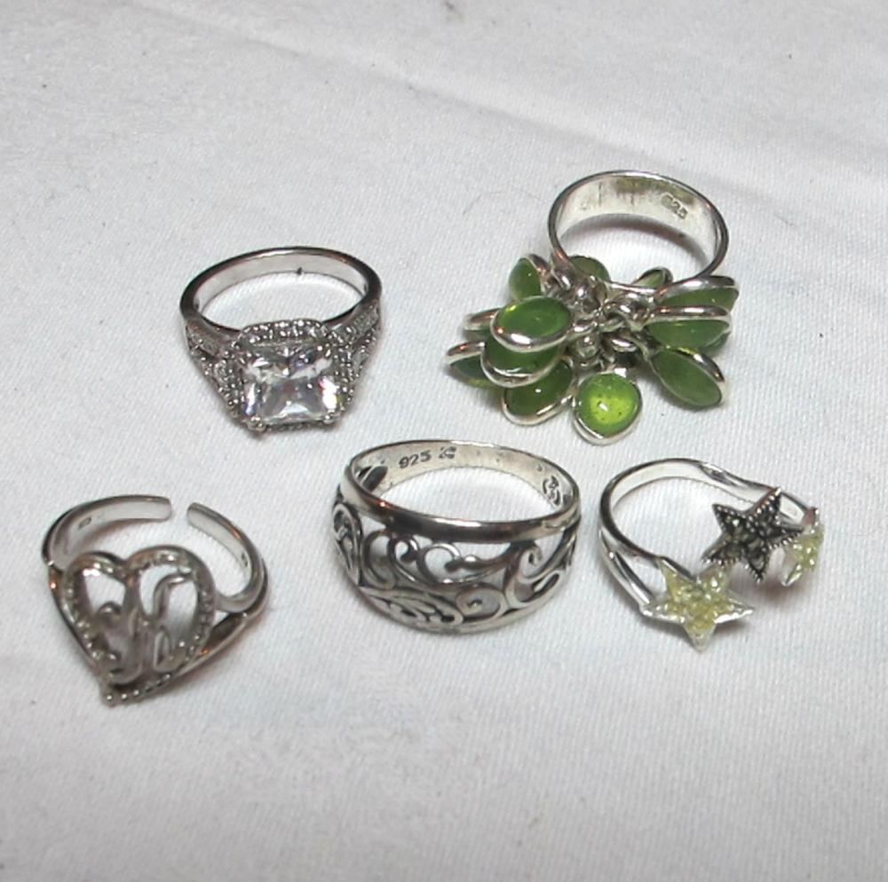 5 DIFFERENT STERLING SILVER FASHION RINGS DANGLY STARS CZ DIECUT ETC
