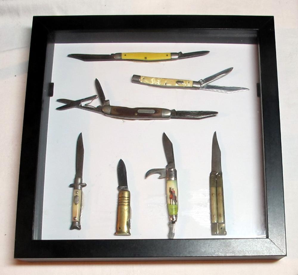 SHADOW BOX WITH 7 VINTAGE OLD FOLDING POCKET PEN KNIVES IMPERIAL SCHRADE OLD TIMER ETC