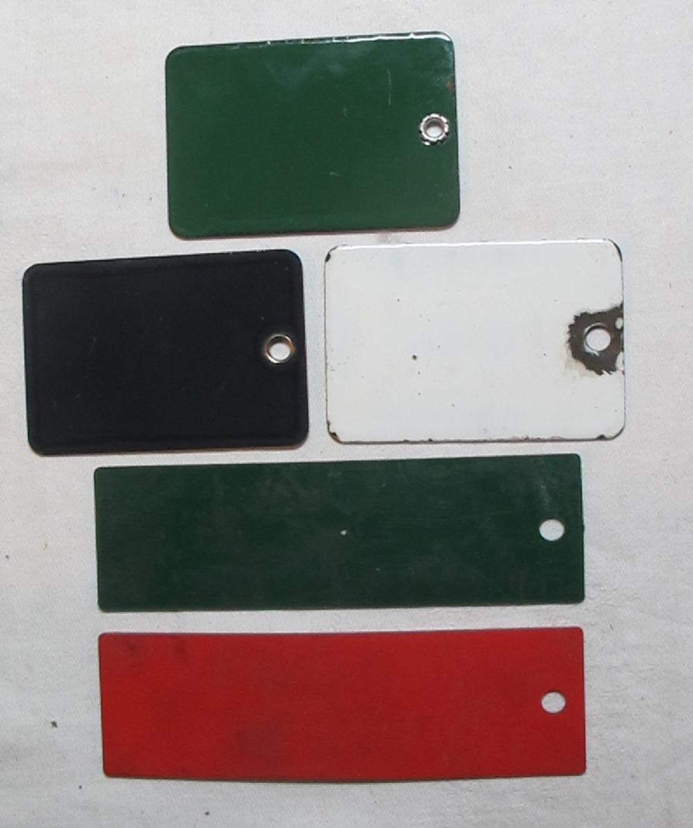 Lot 175: 5 VINTAGE PORCELAIN CHEVRON GAS DIESEL KEROSENE SMALL GAS PUMP TAG SIGN PLATES PLASTIC