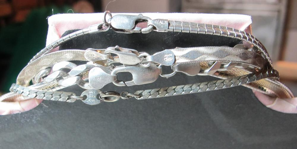Lot 190: 5 DIFFERENT STERLING SILVER NECKLACES HEAVY CHAIN MESH ETC
