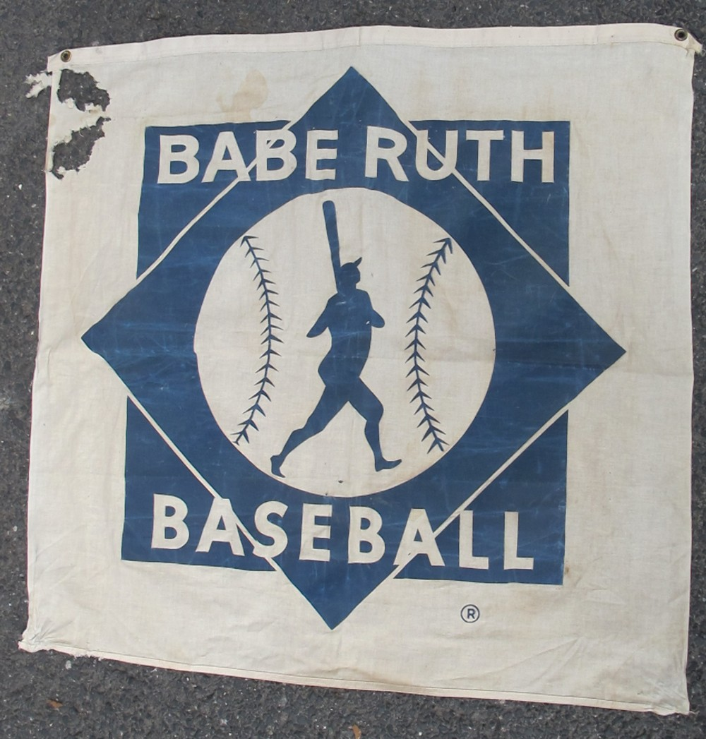 OLD BABE RUTH BASEBALL COTTON BANNER CLASSIC POSE SILHOUETTE 36 X 36