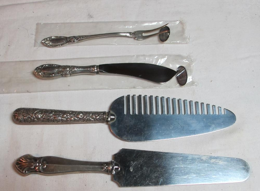 4 ASSORTED STERLING SILVER SERVING PIECES PIE HORS DOUVRE BUTTER