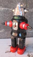 """Lot 108: RARE 1957 NOMURA ROBBY THE ROBOT 13"""" TIN JAPAN TOY WORKING BATTERY COMPLETE NICE"""