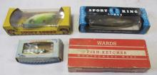 4 VINTAGE WOODEN FISHING LURES + ORIGINAL BOXES HICO WARDS FISH-KETCHER PAW PAW SPORT KING