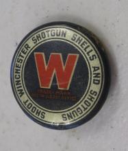 EARLY 1900'S WINCHESTER SHOTGUN SHELLS AND SHOTGUNS ADVERTISING PINBACK BUTTON