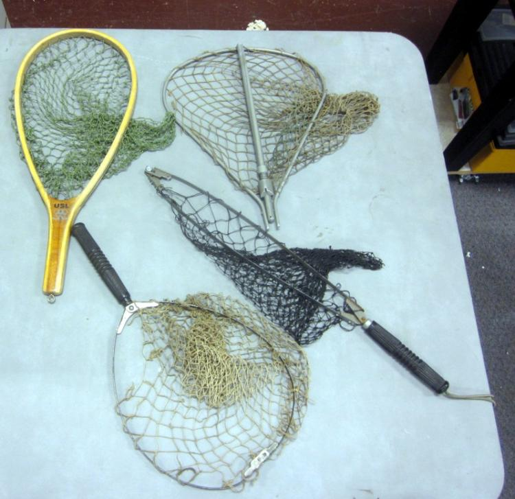 Four vintage fishing nets folding wooden etc wood net is 20 for Collapsible fishing net