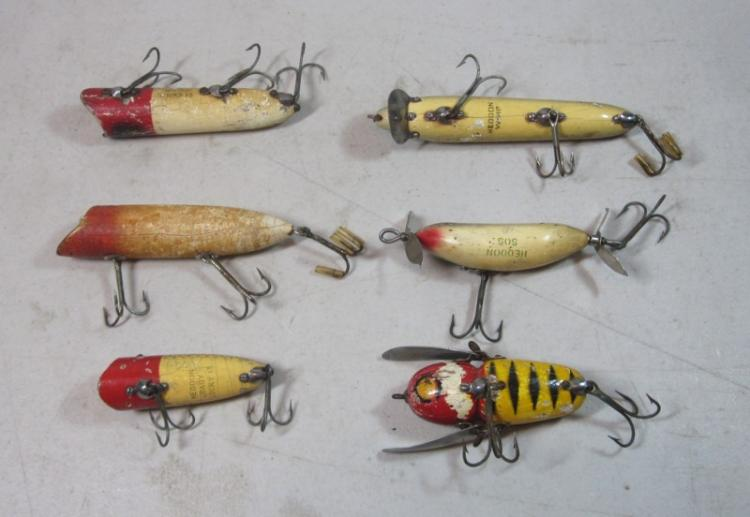 6 Vintage Heddon Wood Fishing Lures Baby Lucky 13 Sos Vamp Etc