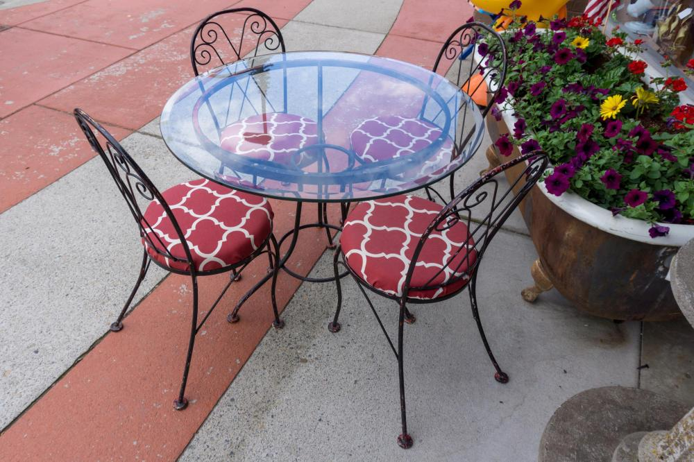 Glass Top Patio Table and Chair Set