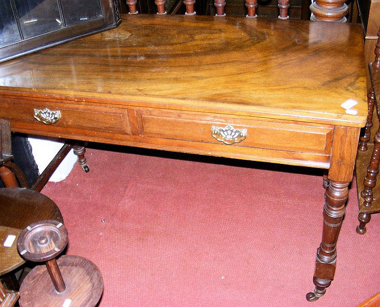 A 120cm Victorian walnut serving table with two