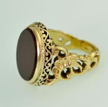Gentleman's 14kt Gold Carnelian Ring