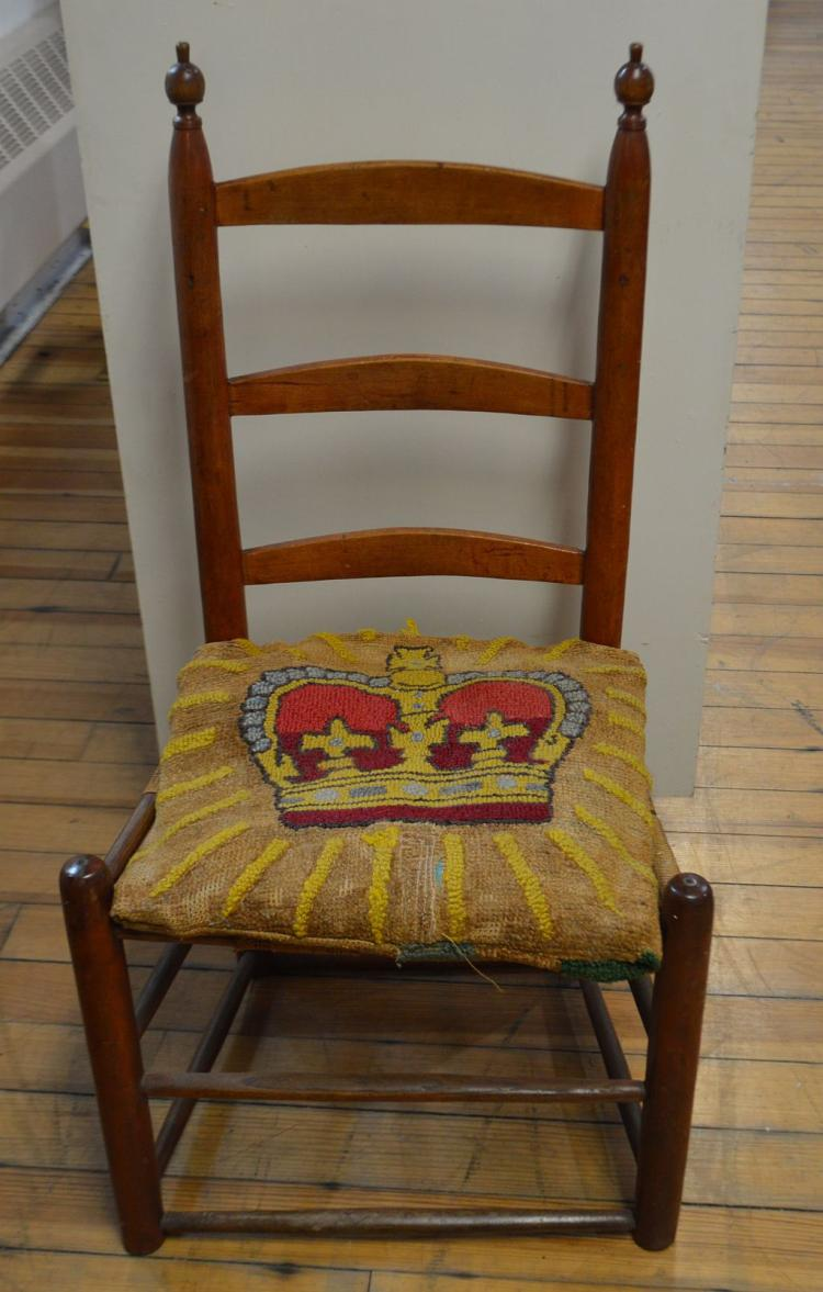 Shaker Style Ladder Back Chair w/Crown Cushion
