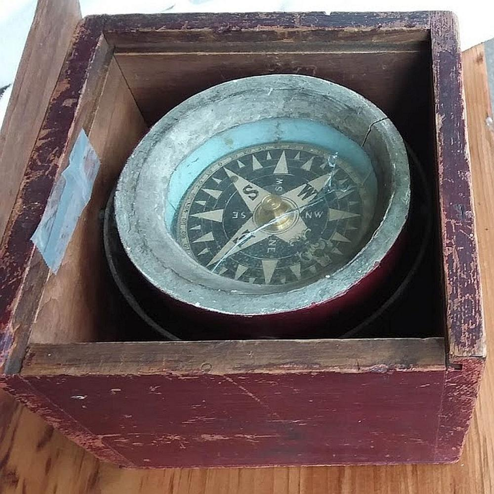 Working Antique 1800's Ships Compass
