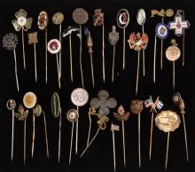 ANTIQUE / VINTAGE FRATERNAL AND OTHER STICK PINS, LOT OF 32