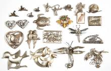 ASSORTED ANTIQUE / VINTAGE SILVER COSTUME JEWELRY, LOT OF 22