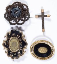 VICTORIAN / ANTIQUE MOURNING COSTUME JEWELRY BROOCHES/PINS, LOT OF FOUR