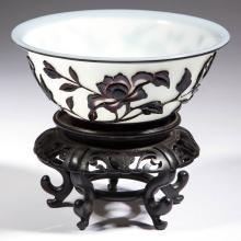 CHINESE CARVED PEKING CAMEO GLASS BOWL