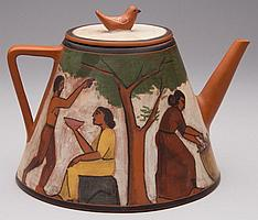 AMERICAN POTTERY LYDIA BUZIO (1948 -) BURNISHED TERRACOTTA TEAPOT AND COVER