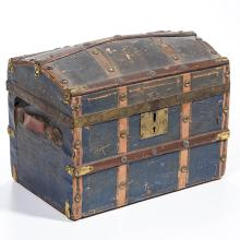 BRASS AND PAPER-COVERED WOOD ROUND-TOP DOLL TRUNK