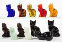 ASSORTED SITTING CAT GLASS FIGURES, LOT OF 12