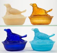 DEGENHART GLASS BIRD WITH BERRY COVERED DISHES, LOT OF FOUR