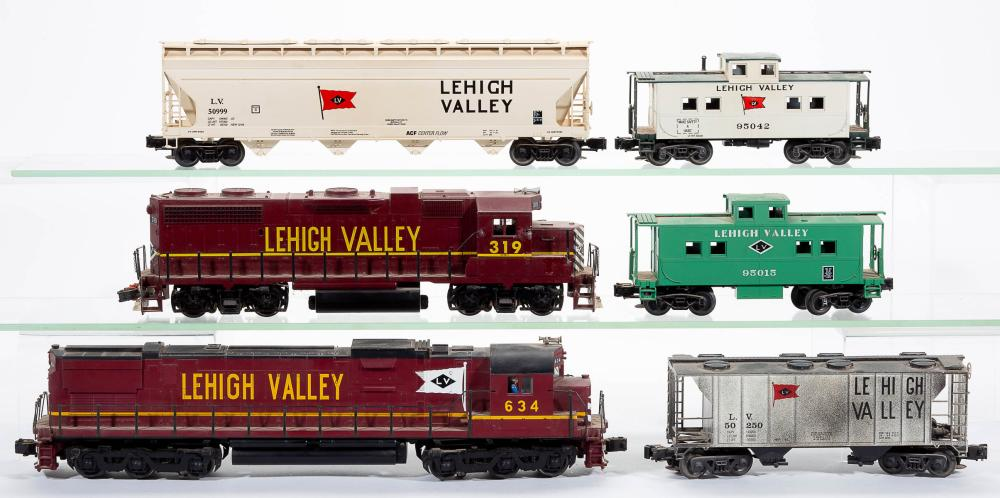Assorted Lehigh Valley O Gauge Locomotive And Cars Lot Of S