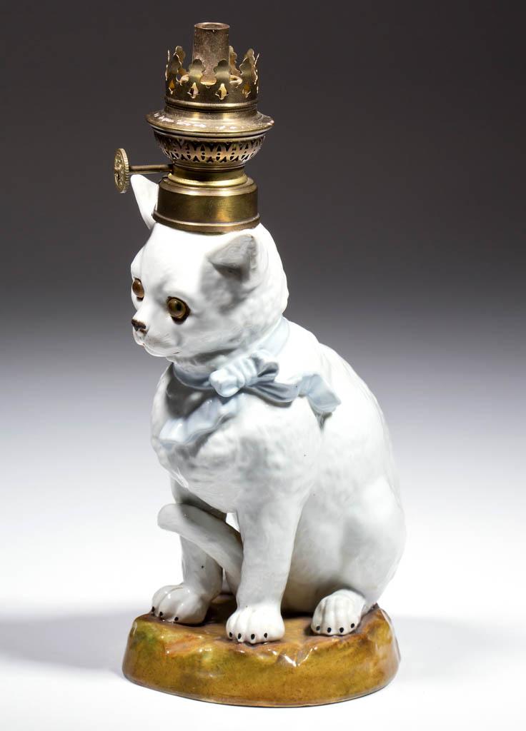 PORCELAIN SEATED CAT FIGURAL MINIATURE LAMP