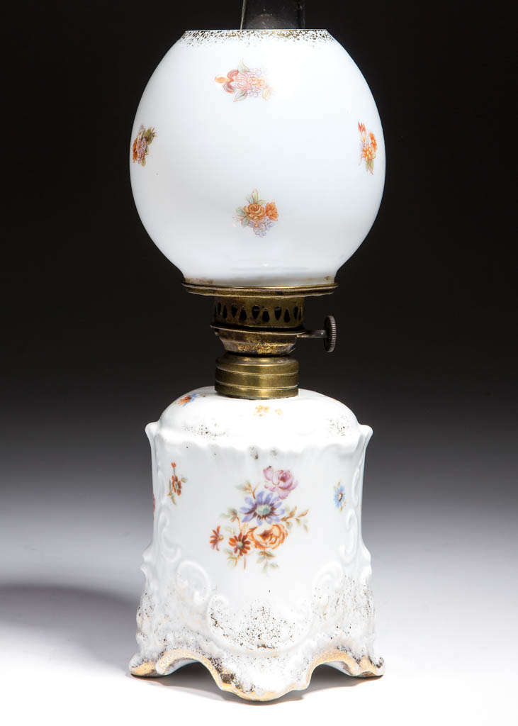 CARLSBAD, AUSTRIA PORCELAIN MINIATURE LAMP