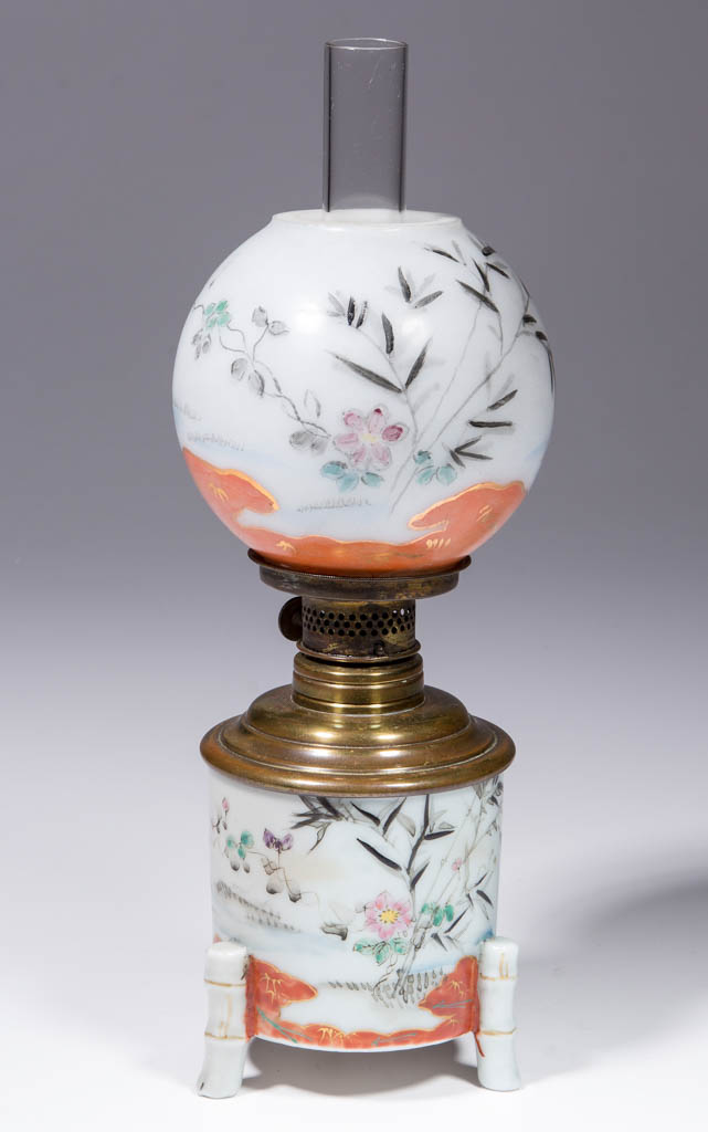 ORIENTAL DECORATED OPAQUE GLASS MINIATURE LAMP