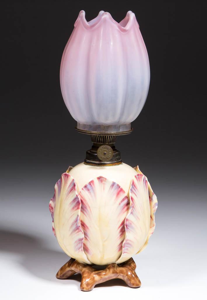 PORCELAIN MAJOLICA-TYPE FIGURAL MINIATURE LAMP
