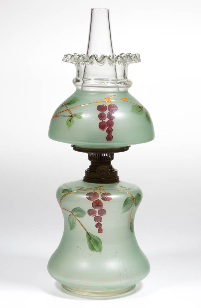 VICTORIAN DECORATED MINIATURE LAMP