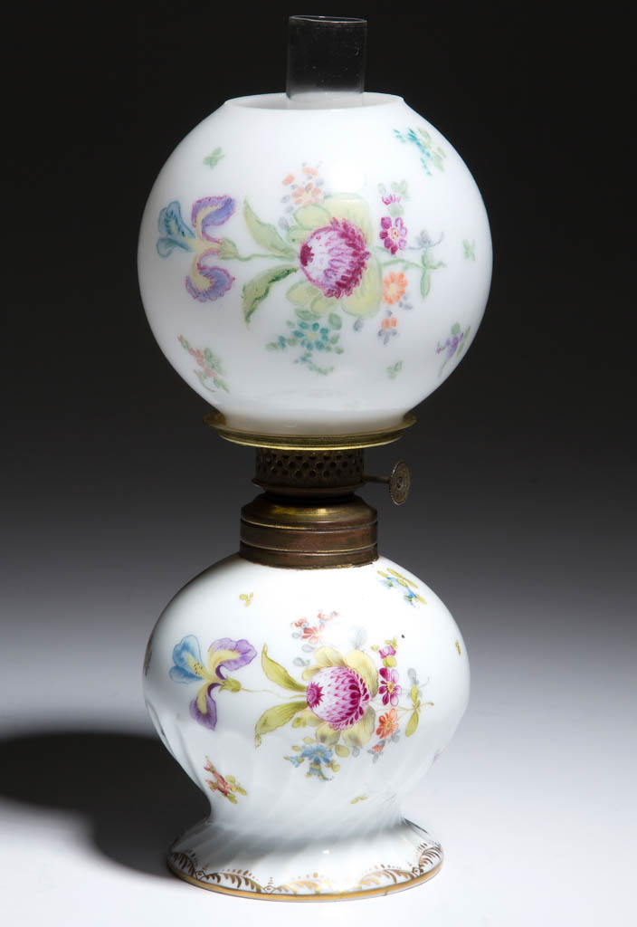 DRESDEN, GERMAN PORCELAIN MINIATURE LAMP