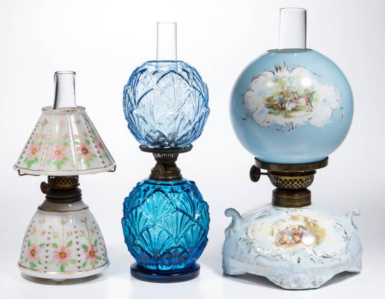 ASSORTED GLASS AND PORCELAIN MINIATURE LAMPS, LOT OF THREE