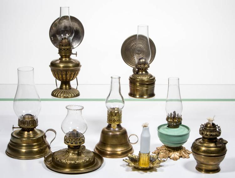 ASSORTED BRASS AND METAL MINIATURE LAMPS, LOT OF EIGHT