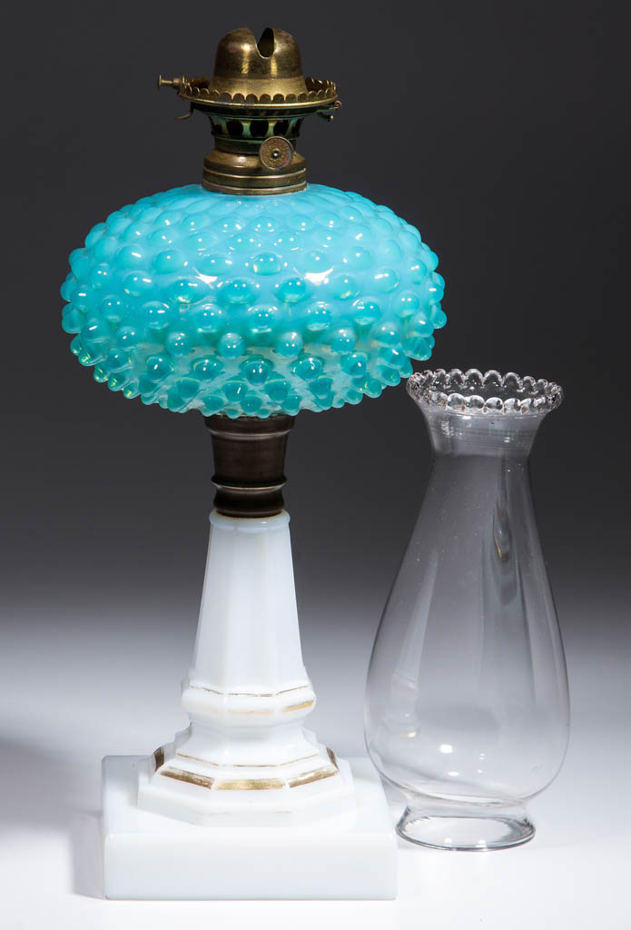 DEWDROP FONT KEROSENE STAND LAMP