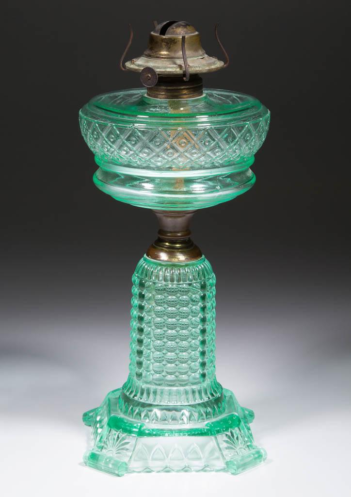 THOUSAND EYE WITH DIAMOND AND DOT FONT KEROSENE COMPOSITE STAND LAMP