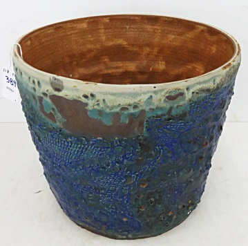 STUDIO ART POTTERY POT WITH BLUE AND GREEN GLAZE. HEIGHT 7 1/2