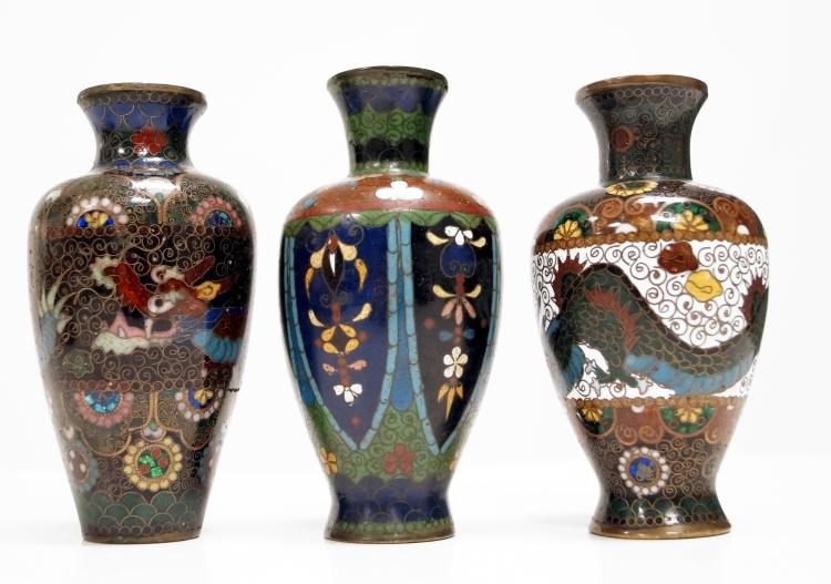 LOT (3) JAPANESE CLOISONNE VASES. HEIGHT 5