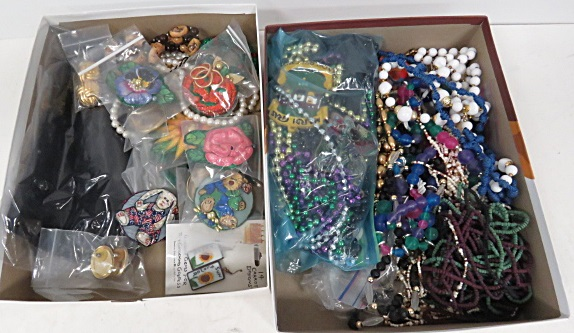LARGE LOT VINTAGE COSTUME JEWELRY
