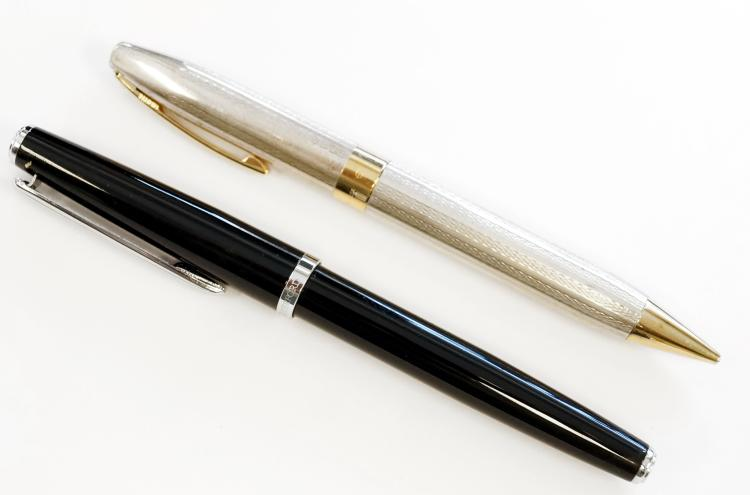 LOT (2) INCLUDING SHEAFFER PFM STERLING SILVER MECHANICAL PENCIL AND WATERFORD MARQUIS ARCADIA BALLPOINT PEN