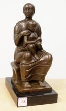 SIGNED H. MOORE, ENGLISH SCHOOL (20TH CENTURY), BRONZE MOTHER AND CHILD WITH MARBLE BASE. HEIGHT 11 1/4