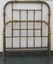 ANTIQUE BRASS FULL SIZE BED. HEIGHT 66