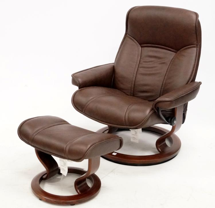 EKORNES, NORWAY DESIGNER MODERN LEATHER RECLINER AND OTTOMAN