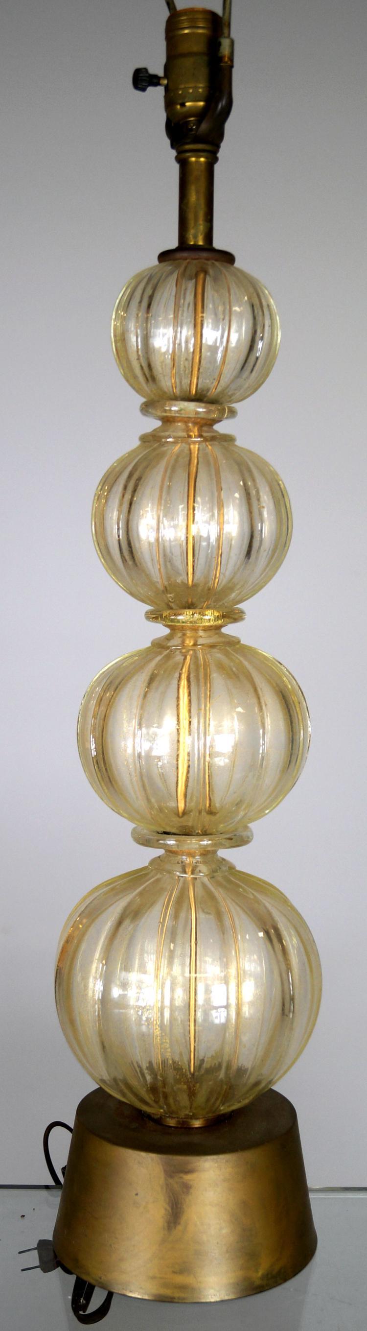 MID-CENTURY VENETIAN GLASS TABLE LAMP. HEIGHT 22