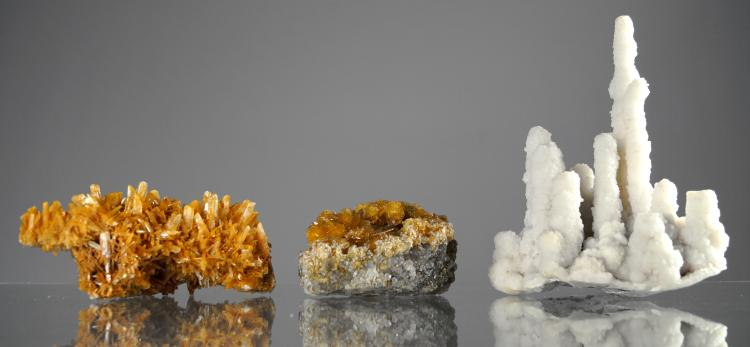 LOT (3) MINERAL SPECIMENS INCLUDING SELENITE. LENGTH 6-7