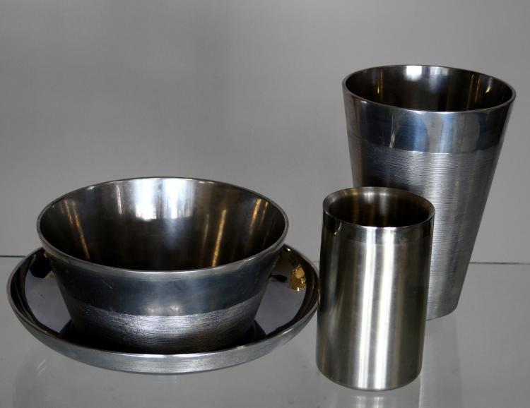 LOT (4) INCLUDING (3) VERA WANG SPUN ALUMINUM BOWLS AND WINE COOLER. HEIGHT 2 1/2