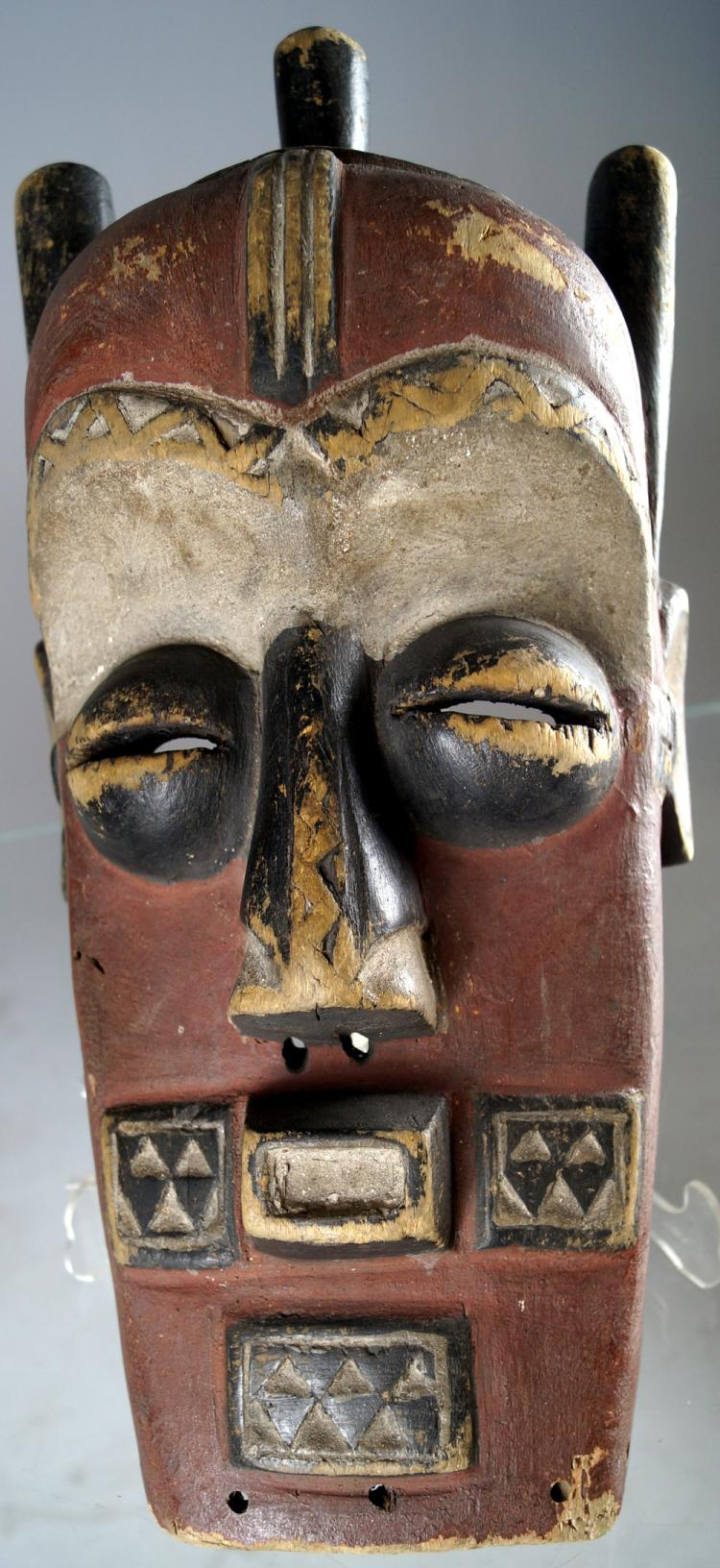 CLASSIC BIOMBO, CONGO, RITUAL CARVED AND DECORATED MASK. HEIGHT 16