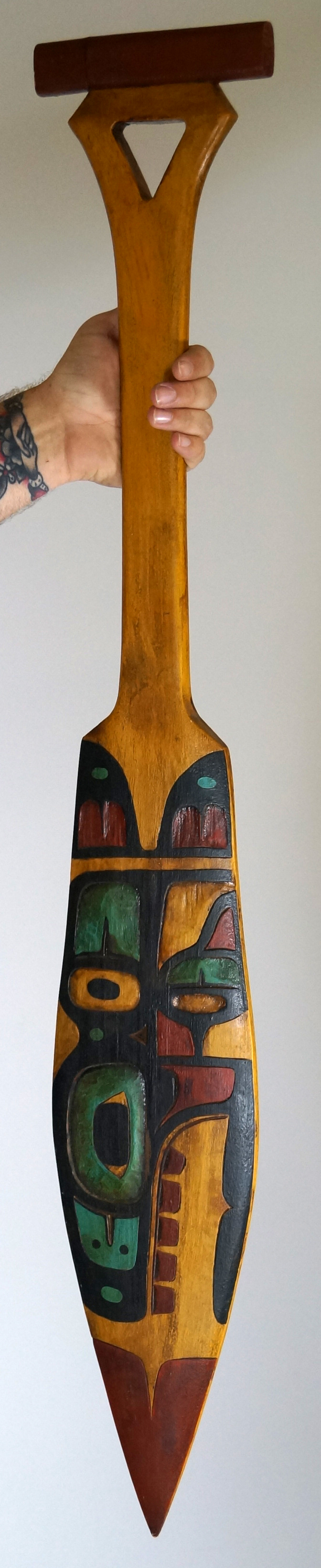 VINTAGE HAIDA CEREMONIAL CARVED PINE PADDLE/OAR. LENGTH 41 1/2